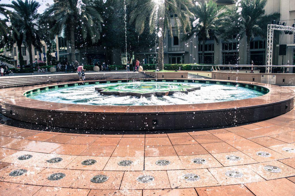 dubaj marina fontanna